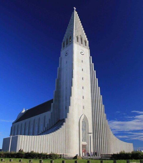 фото _ Хадльгримскиркья в джип-туре по Исландии с planB.ua