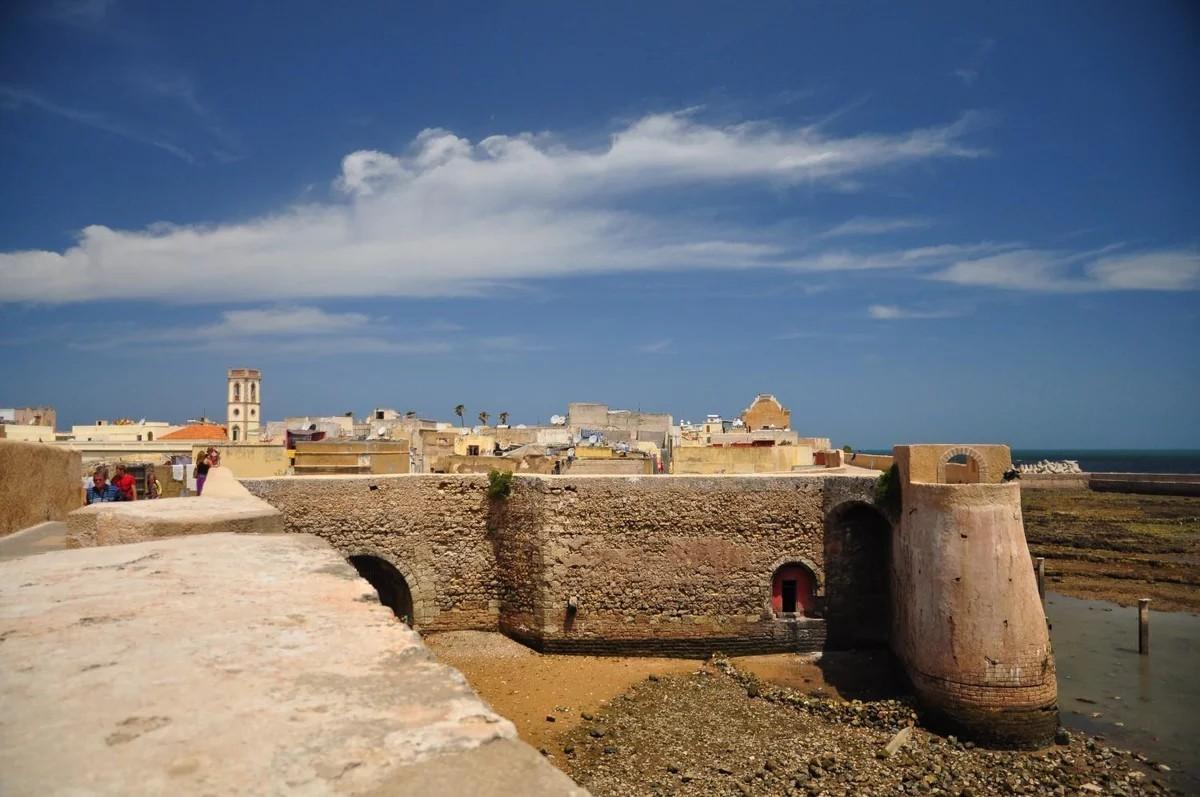 Что не говорите, а ехать зимой в Марокко нужно