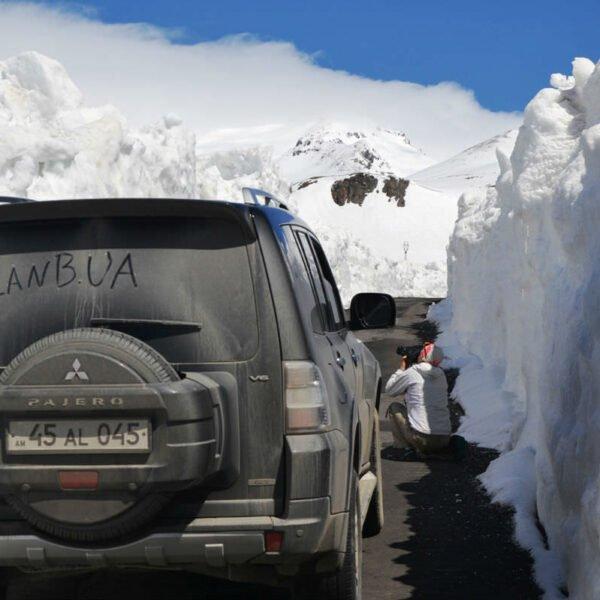 Тур в Армению на машинах с планБ