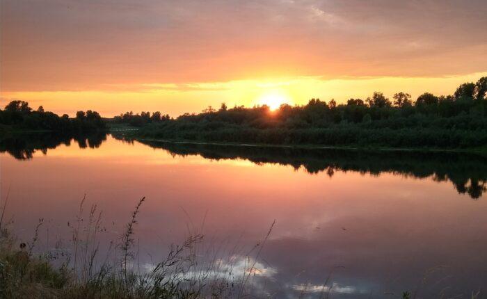 фото _ закат на реке ночной тур из Киева с planb.ua